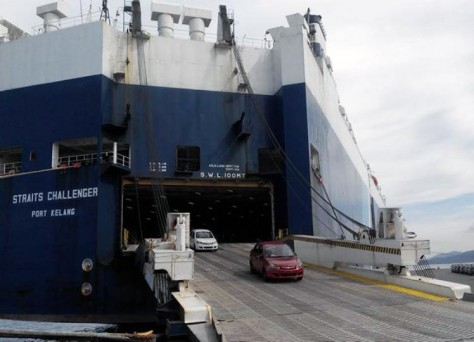 Cars going in the RoRo Vessel